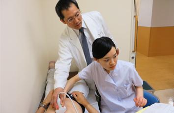 腹部超音波検査実習の様子(2014年5月13日)