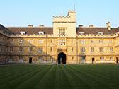 オックスフォード大学ワダムカレッジの外観写真