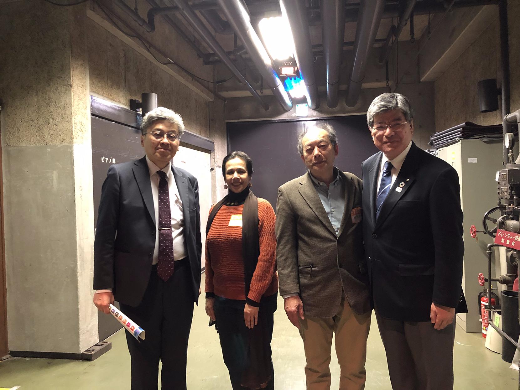 「SDGsいたばしの集い」にてNPO代表や板橋区長(一番右)との写真
