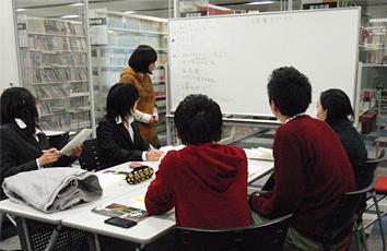 2階 グループ学習室の写真