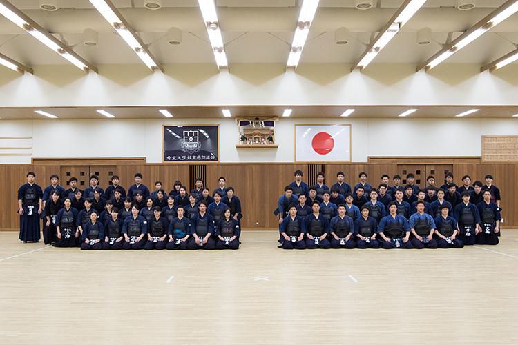 剣道部の集合写真