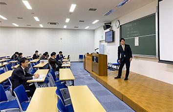 修士論文審査会・発表会を開催しました【理工学研究科】