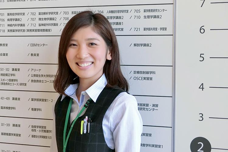 板橋キャンパス 学生課 杉原野笑さん (2013年入職)