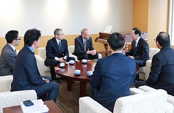 帝京大学が「UNHCR難民高等教育プログラム」の協定を締結しました