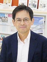板橋キャンパス  就職委員長 薬学部 黄倉 崇教授