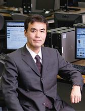 室長 渡辺 博芳 教授
