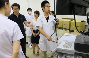 上部下部消化管内視鏡実習の様子02(2014年5月20日)