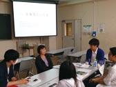 企業やNPOで実習に参加する「ソーシャルビジネス実習」