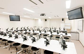 顕微鏡実習室