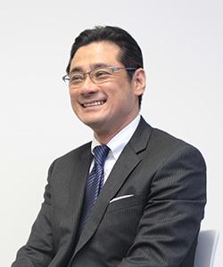 髙岡 哲郎 講師の写真